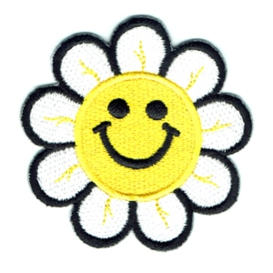 Iron on embroidered smiley daisy flower patch